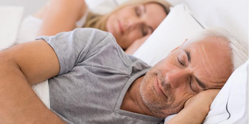 Besserer Schlaf mit Tageslicht und frischer Luft